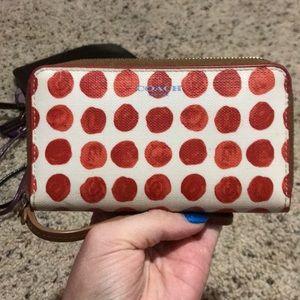 Coach wristlet wallet
